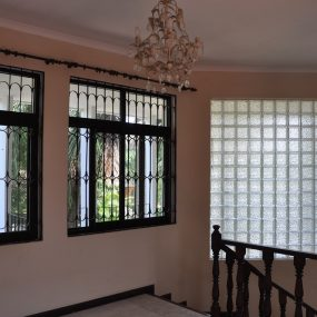 Staircase of the Standalone House for Rent in Oysterbay by Tanagayika Estate Agents