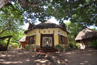 Ushongo Beach – Lodge / Retreat center