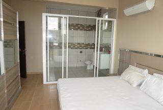 En Suite Bathroom of the Furnished Houses in Masaki, Dar es Salaam by Tanganyika Estate Agents