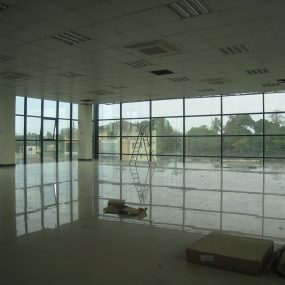 Floor with Large windows of the Offices For Rent Regent Estate Dar es Salaam, Tanganyika Estate Agents