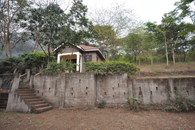 Three Bedroom Furnished Cottage in Moivaro