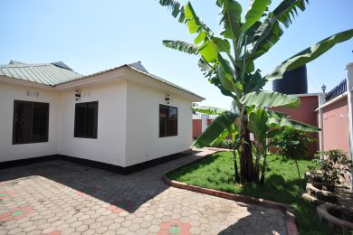 Four Bedroom Rental House in Maji ya Chai