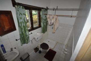 Bathroom of the 5 Bedroom Cottage for Sale in Usa River, Arusha by Tanganyika Estate Agents