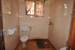 Bathroom of the Four Bedroom House for Rent in Arusha by Tanganyika Estate Agents