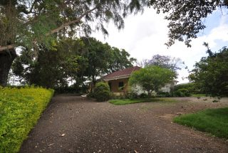Parking of the Three Bedroom Furnished Home by Tanganyika Estate Agents