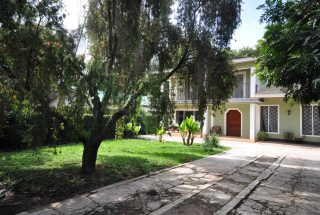 Parking & Front View of Stand Alone House for Rent in Arusha by Tanganyika Estate Agents