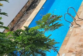 The Pool of the Four Bedroom Furnished Ensuite Apartment in Dar