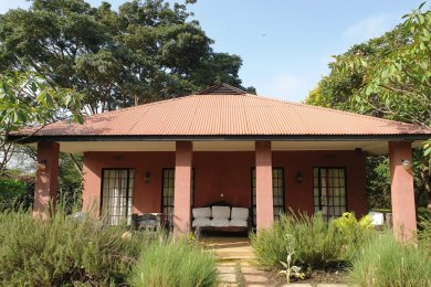 Five Bedroom Property for Sale in Dolly Estate